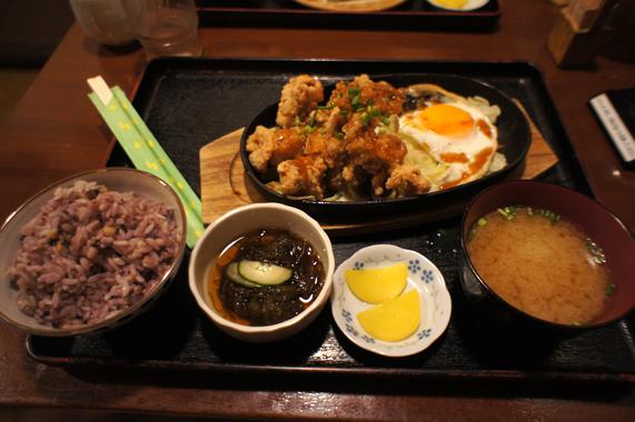 沖縄の夜ご飯【古民家食堂】