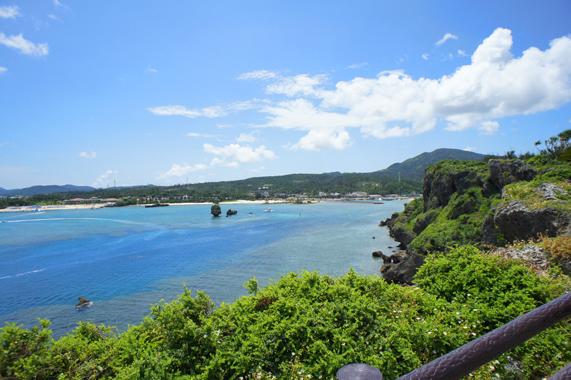 沖縄の絶景観光スポット【万座毛】